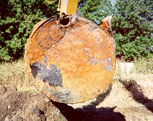 Removal of an underground oil storage tank